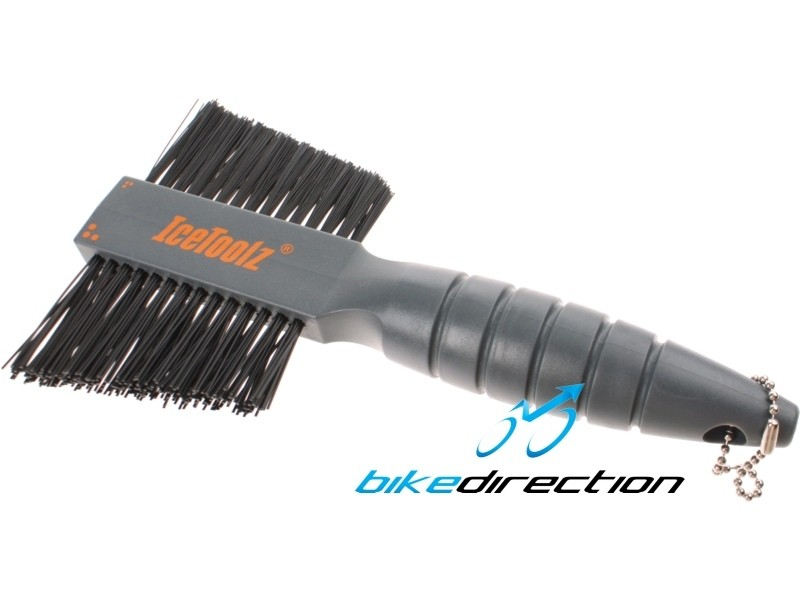 spazzola-bici-pulizia-icetoolz-doppia-brush-muc-off-Bike-Direction