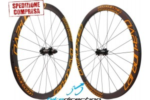 ruote-carbonio-50-60-alto-profilo-corsa-strada-copertoncino-tubeless-EVO-Bike-Direction