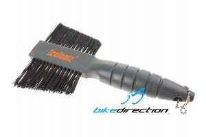 spazzola-bici-pulizia-icetoolz-doppia-brush-muc-off-Bike-Direction